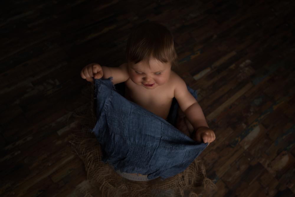 Sandra collignon photographe bebe au luxembourg hugo 2
